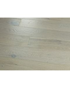 Hallmark Floors - Novella: Hawthorne Oak - Engineered Distressed