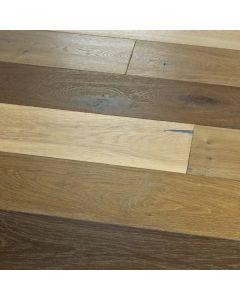 Hallmark Floors - Novella: Hemingway Oak - Engineered Distressed