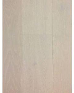 Carlton Hardwood - Oak Ridge: Lively Ivory - Engineered Wirebrushed Oak